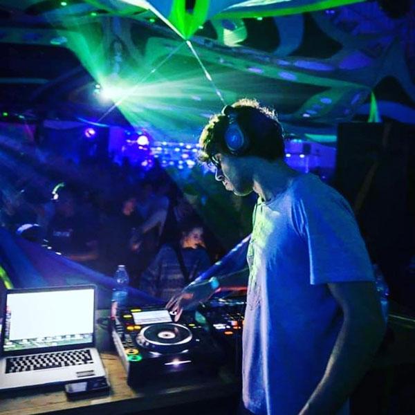 DJ-MIKEL